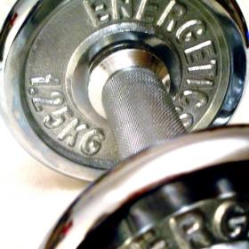 Intensywny trening powoduje dodatkowe spalanie kalorii